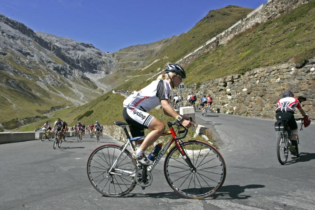 Bici da corsa per principianti quale bici scegliere per for Codice della strada biciclette da corsa