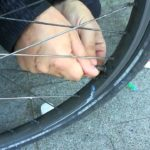 Camera d'aria bici da corsa: come sostituirla e quale scegliere