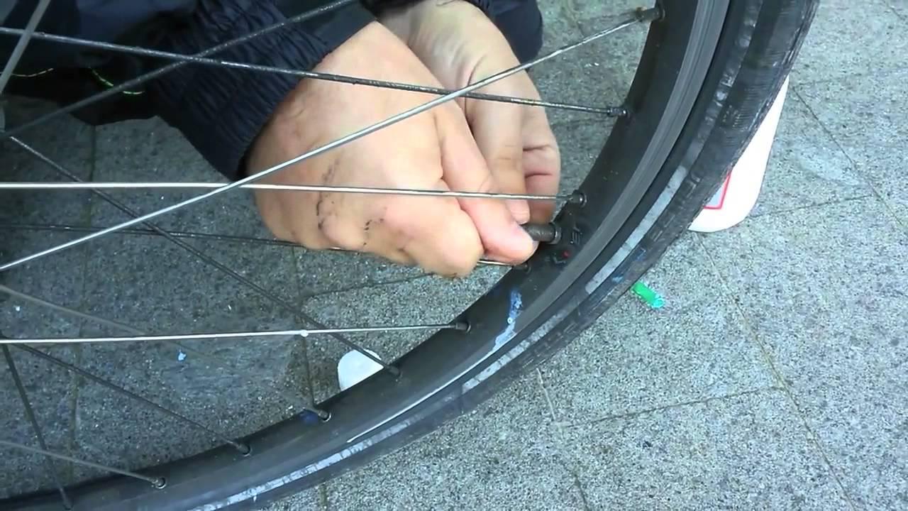 sostituzione e scelta camera aria bici corsa